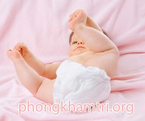 Apxe hậu môn ở trẻ sơ sinh